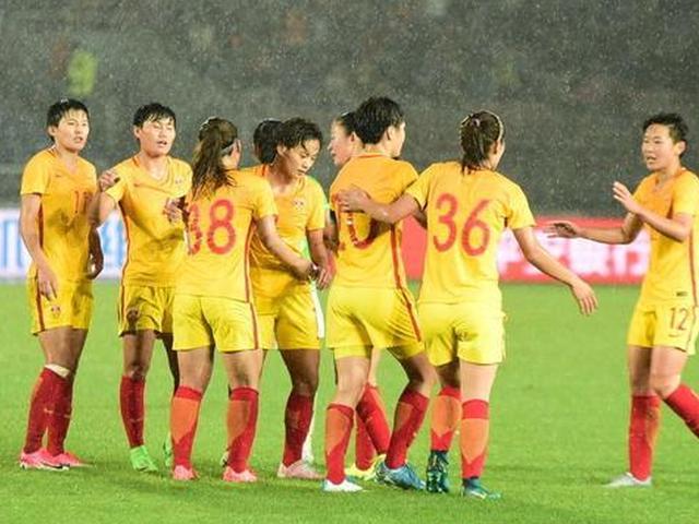 中国女足3-2逆转墨西哥