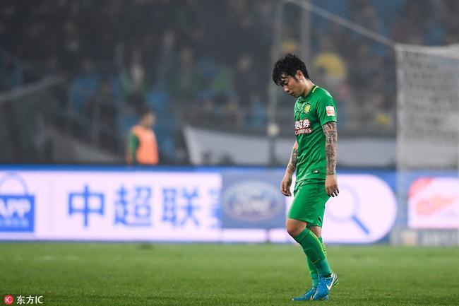 张稀哲落选东亚杯与处罚有关 国足练兵着眼未来