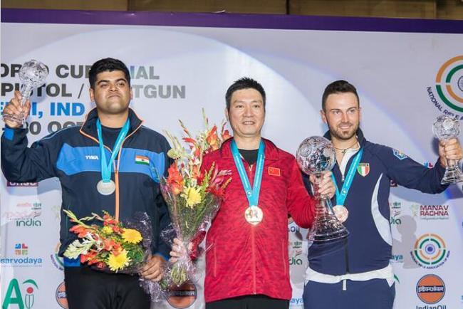 射击总决赛:奖牌榜中国居首 胡斌渊破世界纪录
