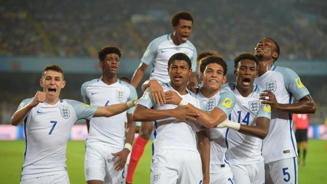 英格兰U17的移民球员们在圣乔治基地获得成长