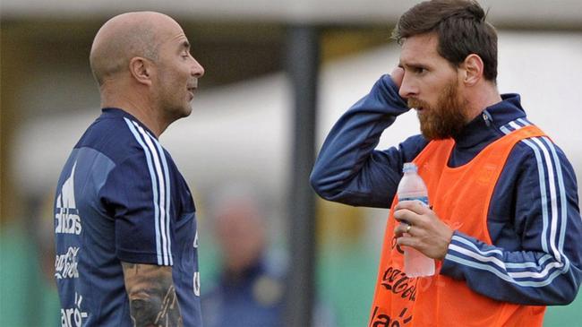 梅西被阿根廷当国宝爱惜!国家队比赛为巴萨让路
