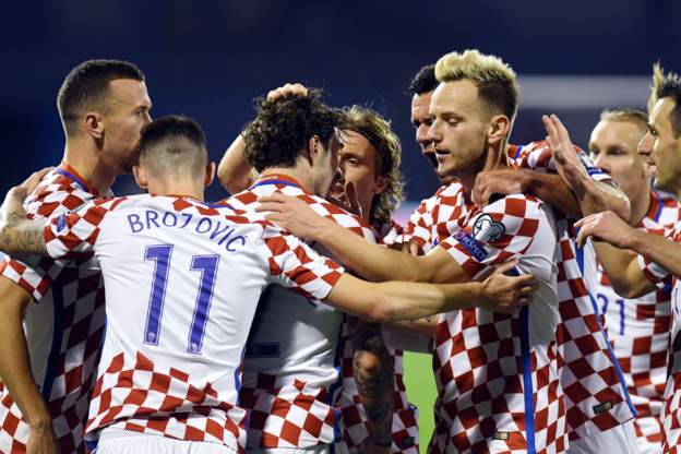 附加赛-克罗地亚4-1大胜希腊 瑞士争议点球客胜