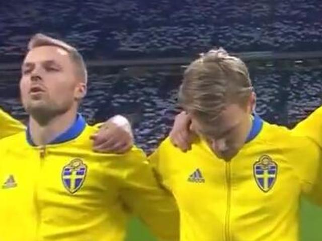意大利球迷嘘瑞典国歌