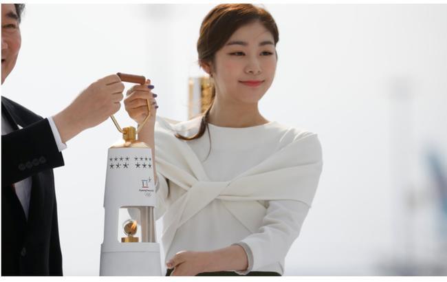 曝金妍儿点燃冬奥圣火 首次回应与浅田真央共演