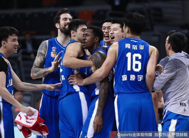 17-18赛季CBA联赛 广东 93-95 江苏_直播间_手机新浪网