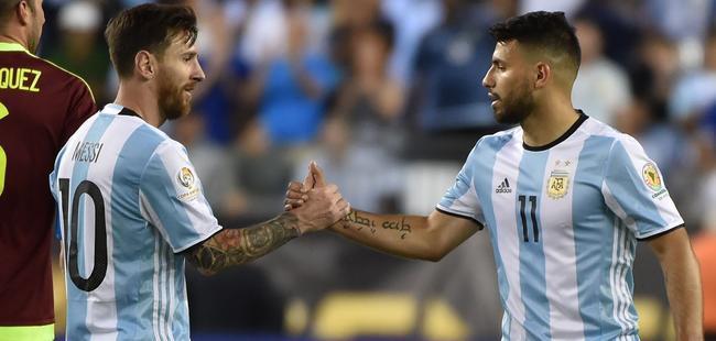 明年世界杯,或许阿圭罗能够帮梅西一把
