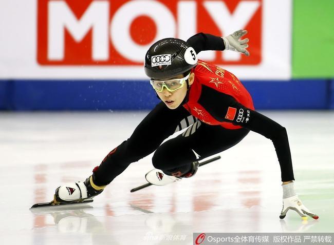 短道世界杯1000米范可新再次犯规 韩国名将夺冠