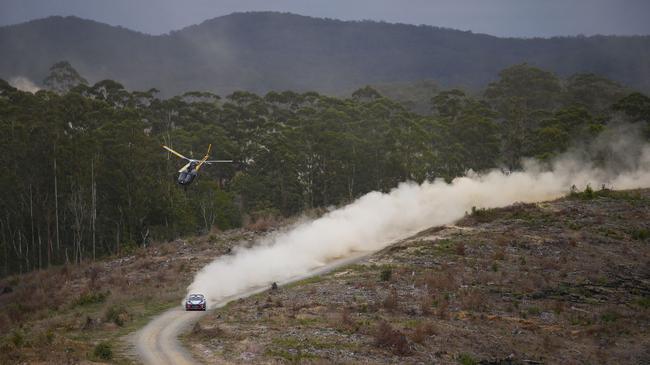 WRC澳大利亚收官战:诺伊维尔夺冠 拉特瓦拉退赛