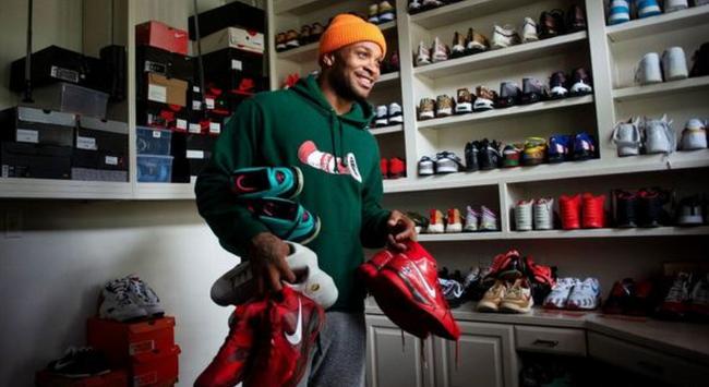 为鞋疯狂!塔克:大概有7-8个球鞋收藏地