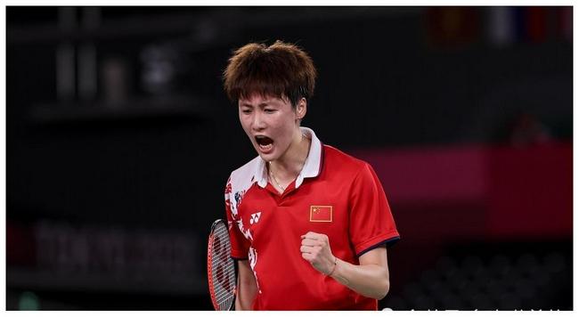【博狗扑克】全运会-陈雨菲直落两局 2-0何冰娇女单夺冠