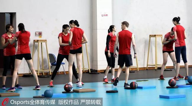 中国女排北边仑潜心备战