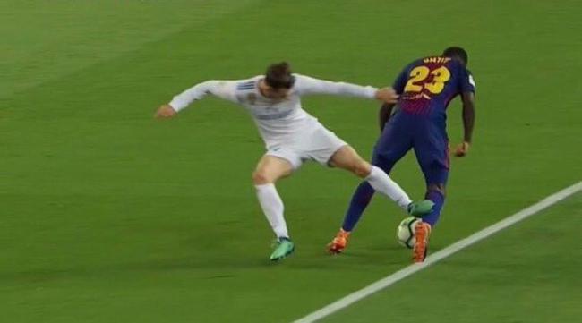 国家德比争议!皇马逃过红牌?梅西进球应无效