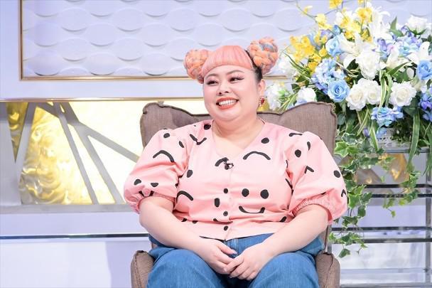 东京奥运会开闭幕式总监辞职 曾让女艺人扮猪演出