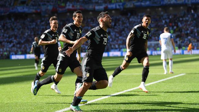 世界杯-阿圭罗进球破球荒 阿根廷半场暂平冰岛