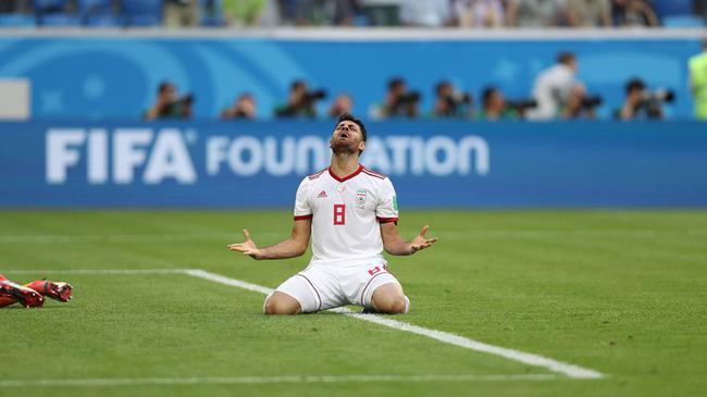 世界杯-伊朗95分钟绝杀摩洛哥