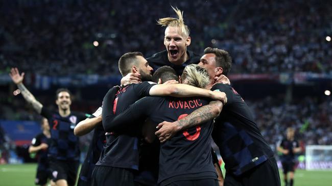 克罗地亚庆祝出线