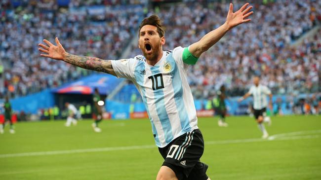 世界杯-梅西进球 86分钟绝杀 阿根廷2-1出线!