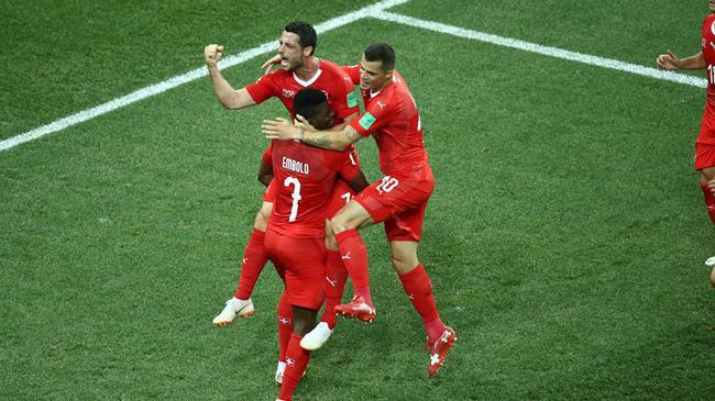 世界杯-哥斯达黎加破荒 瑞士补时丢球2-2平出线