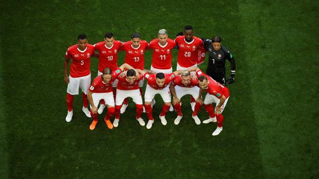 瑞士首发11人