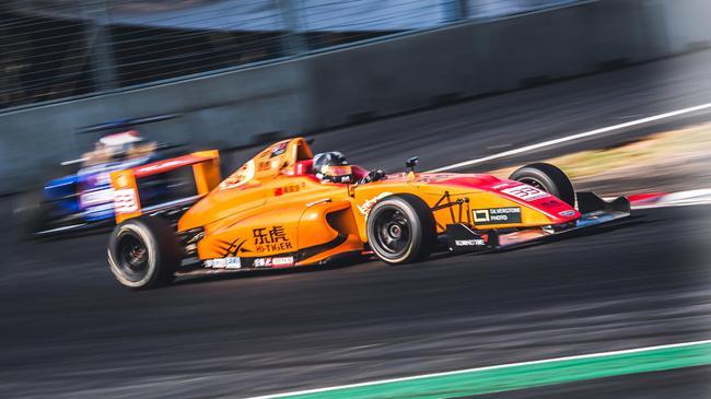 2018国际汽联F4中国锦标赛武汉街道赛终结第3回相符的较量