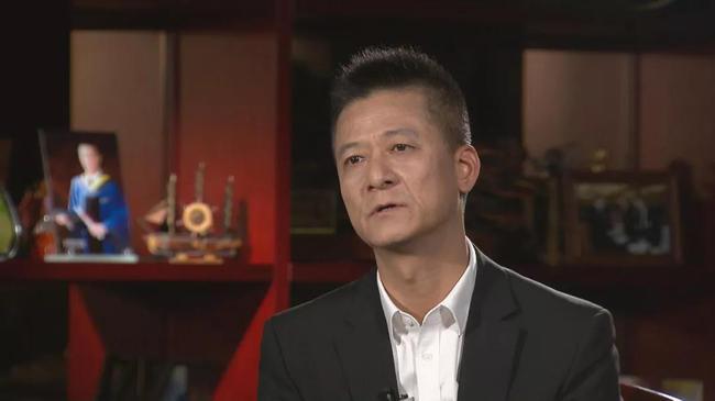 束昱辉:给崔康熙的钱不多 他确曾联系过两爱徒加盟
