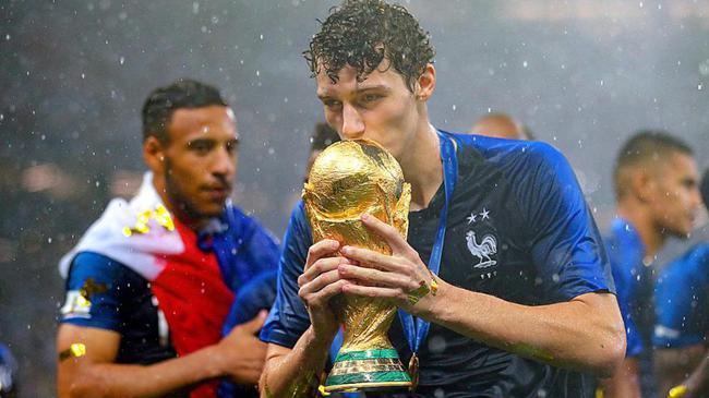 帕瓦尔夺得世界杯冠军