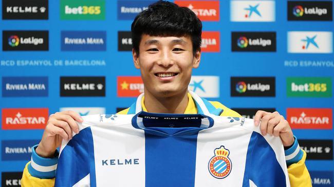 西班牙人主帅:武磊是中国最棒球员 能踢任何位置