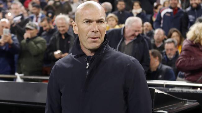 齐祖也放弃了:输球能接受 皇马该为下赛季考虑了