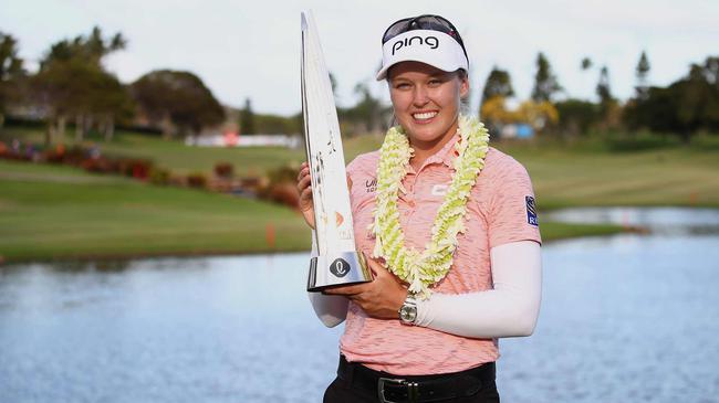 亨德森夺LPGA第8胜 比肩加拿大前辈维尔+泼斯特