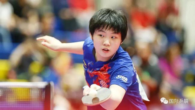 中国队15岁的幼将蒯曼一人。独揽三冠