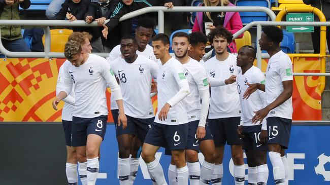 法国青年军时隔6年再捧杯?