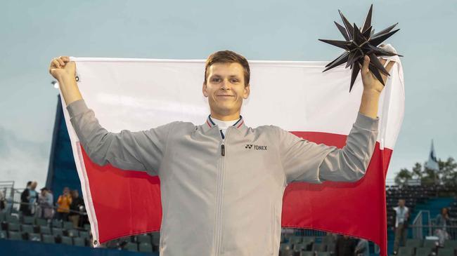 温斯顿塞勒姆赛波兰新星击败佩尔雷  摘生涯首冠