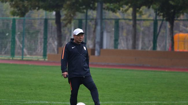 张涛:应允许青训强队以小打大 U14和日本差距大