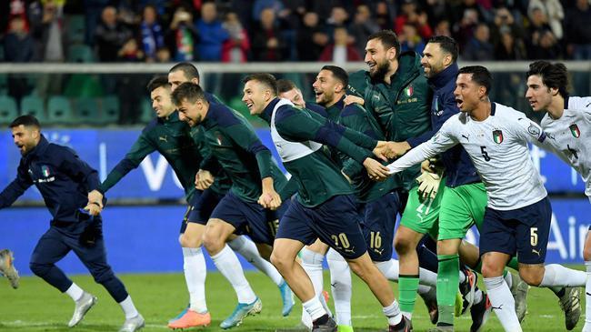 欧洲杯晋级球队一览:19队撞线 仅剩1个直通名额