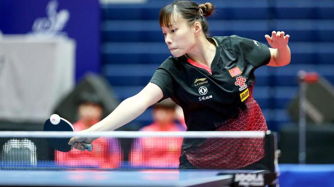 石洵瑶1/4决赛0-4输给了日本选手小盐遥菜