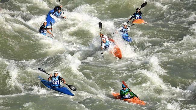 皮划艇野水世界杯开赛 国际高手齐聚怒江