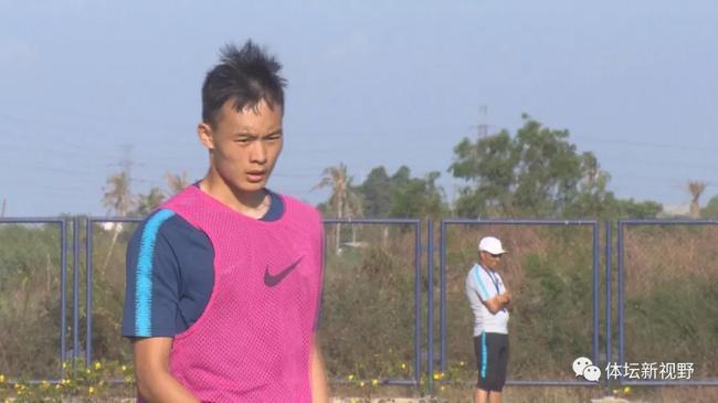 刘若钒:杨立瑜劝我来泰达 受伤后状态落差很大