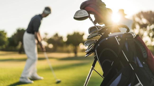 威斯康星州疫情期间关闭高尔夫球场 球友请愿反对