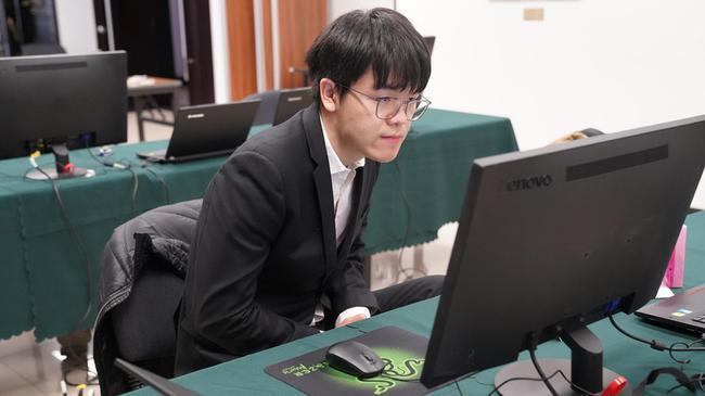三星杯16强战赛果:柯洁胜赵汉乘 连笑负申真谞