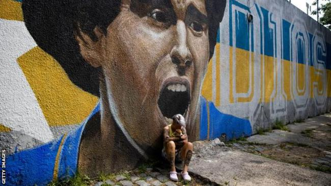 一位阿根廷球迷的自白:马拉多纳就是我们的上帝
