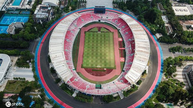 广东四城申办三级职业联赛 场地硬件条件优势突出