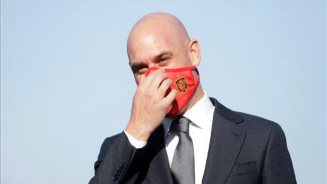 西班牙足协主席新冠检测呈阳性 缺席超级杯颁奖