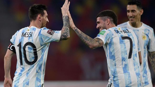 世预-梅西头筹+中框 374追平 阿根廷主场1-1智利