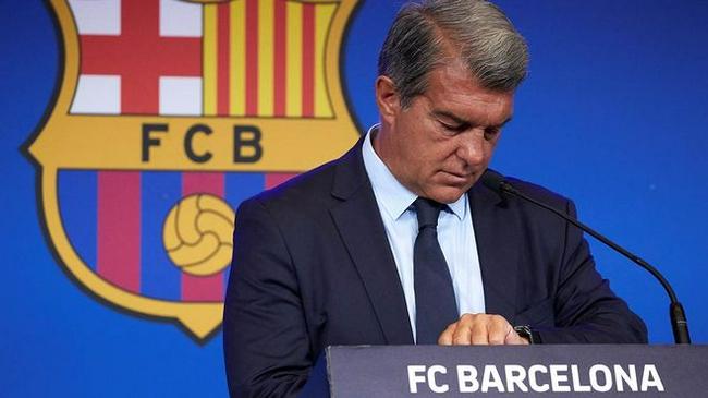 巴萨主席;俱乐部债务大幅上升  前任管理太混乱