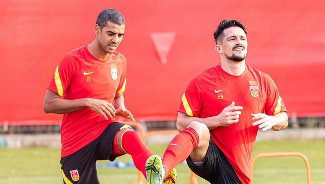 国足惨败证明不能光靠归化 中国足球需要更多武磊