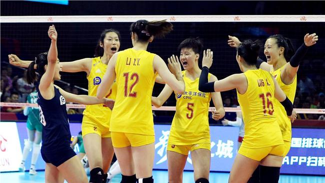 中国女排3-0保加利亚