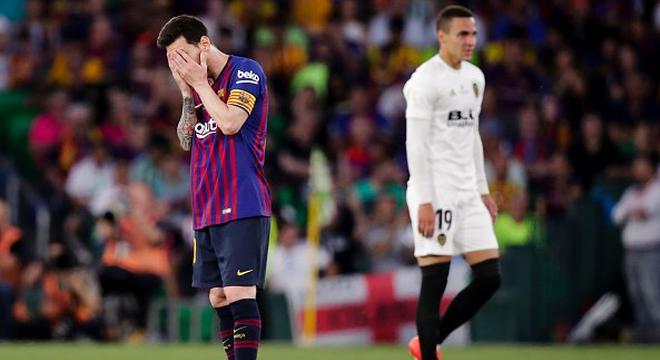 国王杯-梅西进球中柱 巴萨1-2负瓦伦西亚失双冠王