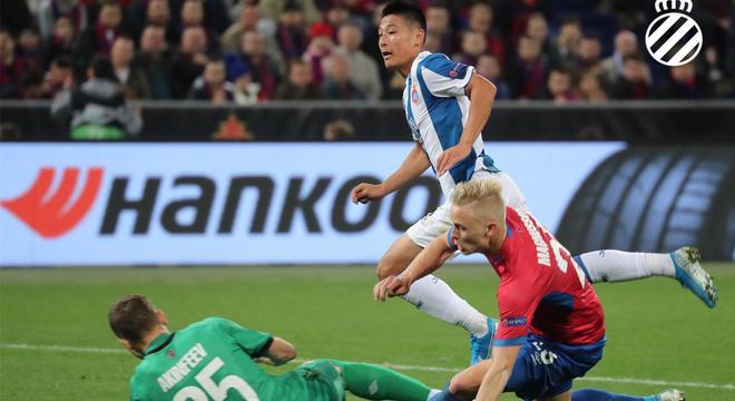 欧联杯-武磊斩欧战正赛首球 西班牙人2-0俄超劲旅