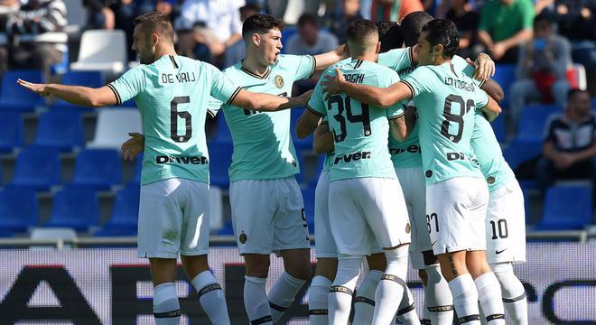 意甲-卢卡库+劳塔罗各2球 国米客场被追2球4-3胜
