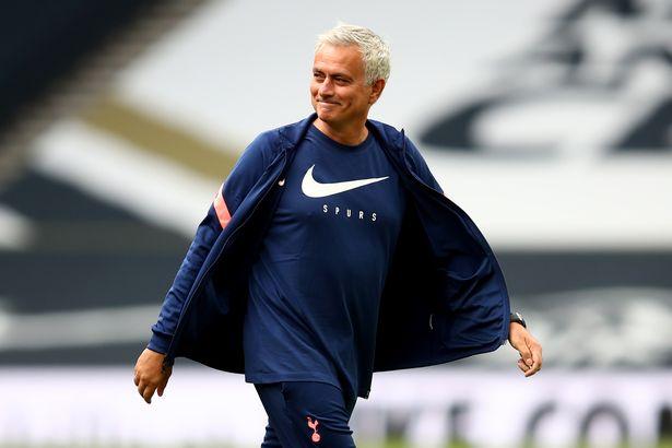 曼联大哥回击穆里尼奥:说我只靠点球?看看数据